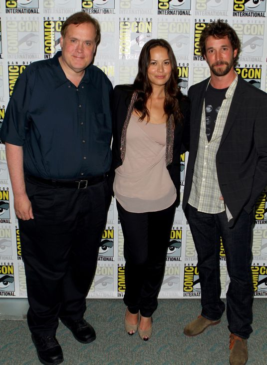 FALLING SKIES Comic Con Press Room Photos