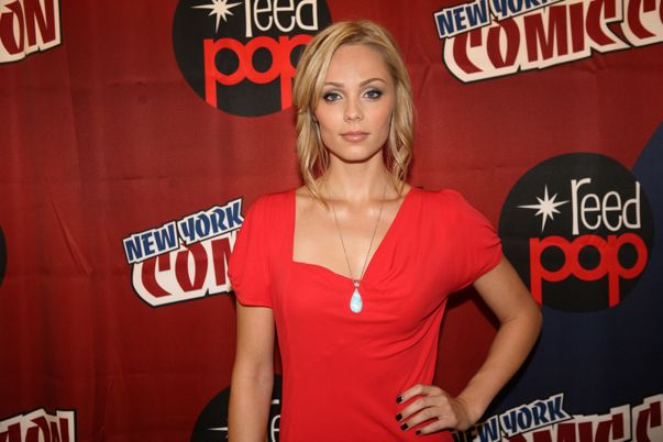 V Comic Con New York Photo