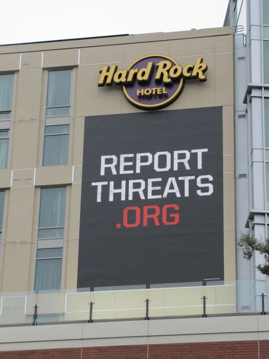 Report Threats Comic Con