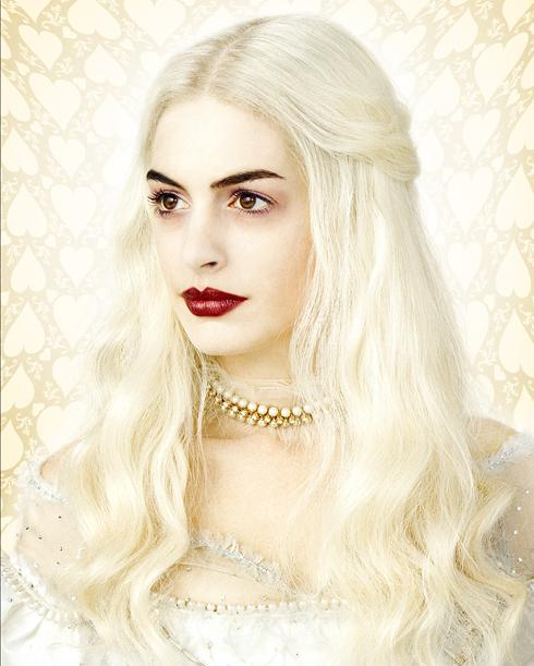 Anne Hathaway White Queen Alice In Wonderland