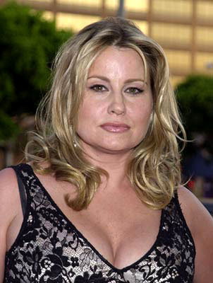 Jennifer Coolidge Set To Guest Star On The Closer