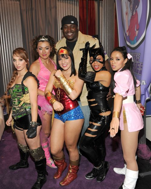 America's Best Dance Crew Season 4 champions We Are Heroes pose with actor Quinton Aaron