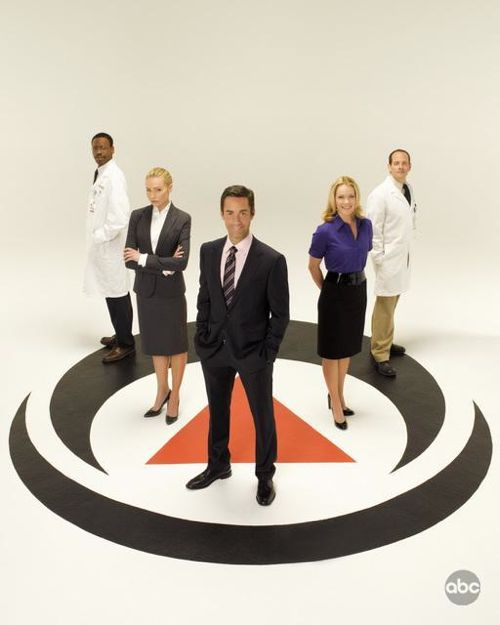 Better Off Ted Cast Photo