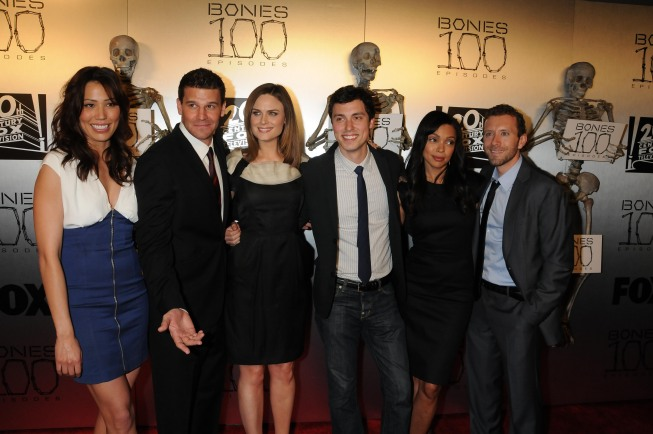 Bones Cast At Party