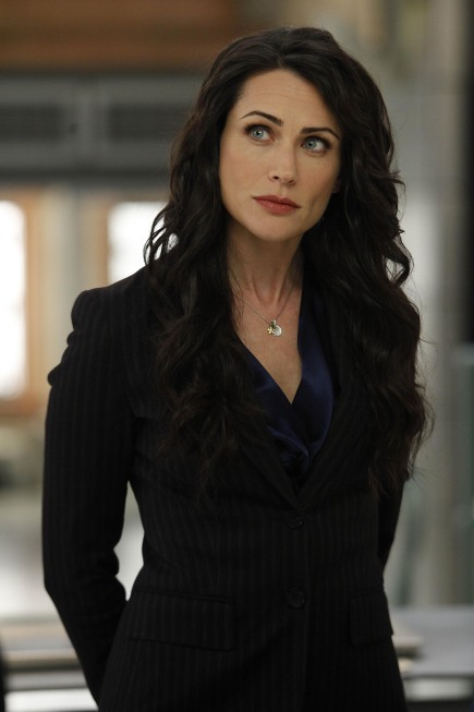 Rena Sofer On Bones