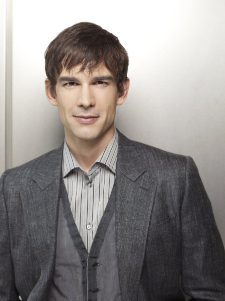 Christopher Gorham Covert Affairs