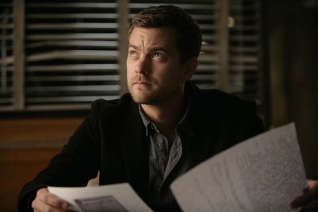 Fringe Joshua Jackson Photo