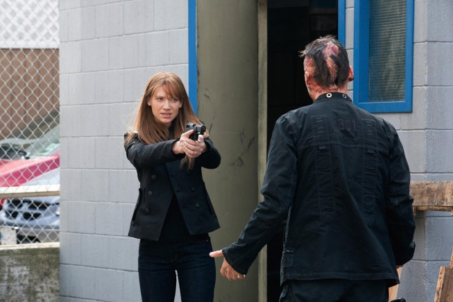 FRINGE Season 3 Episode 1 Olivia Promo Photos