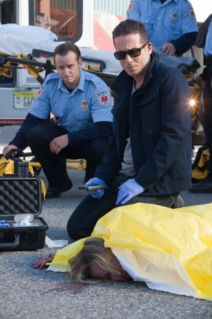 FRINGE Season 3 Episode 3 Plateau Photos