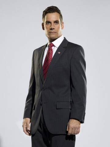 HEROES -- Pictured: Adrian Pasdar as Nathan Petrelli -- NBC Photo: Mitchell Haaseth