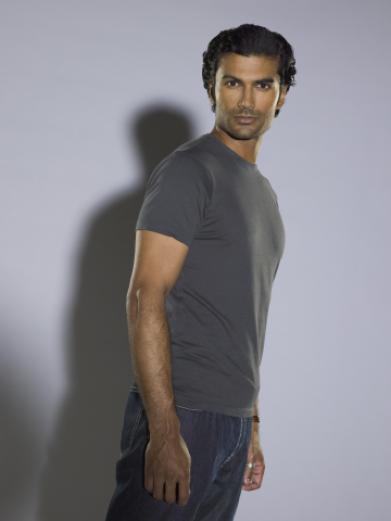 HEROES -- Pictured: Sendhil Ramamurthy as Mohinder Suresh -- NBC Photo: Mitchell Haaseth