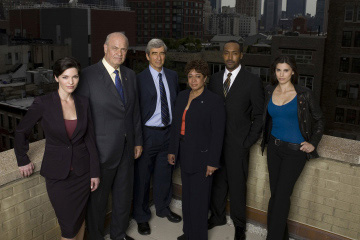 Law and order cast photo jpg