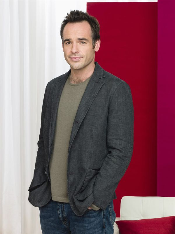 LIPSTICK JUNGLE -- Pictured: Paul Blackthorne as Shane Healy -- NBC Photo: Andrew Eccles