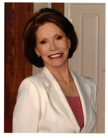 Mary Tyler Moore Set To Guest-Star On NBC's Lipstick Jungle