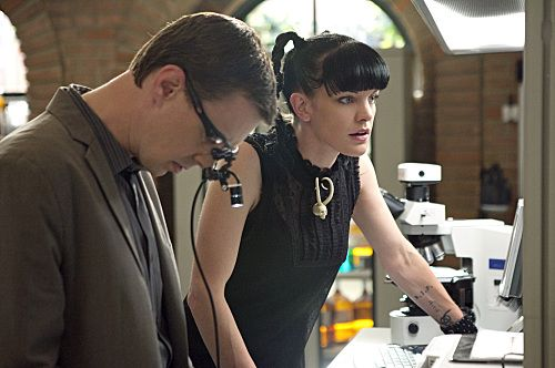 NCIS Season 8 Episode 19 Tell All Photos