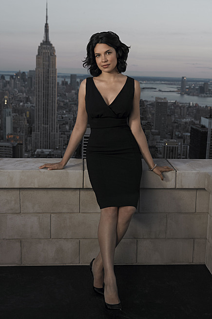 New Amsterdam Cast Photo Zuleikha Robinson