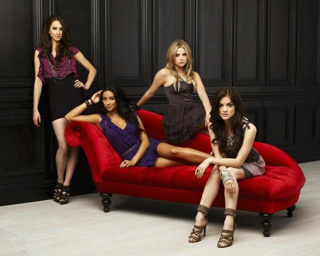 PRETTY LITTLE LIARS Cast Promo Photos