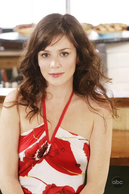 Anna Friel Pushing Daisies
