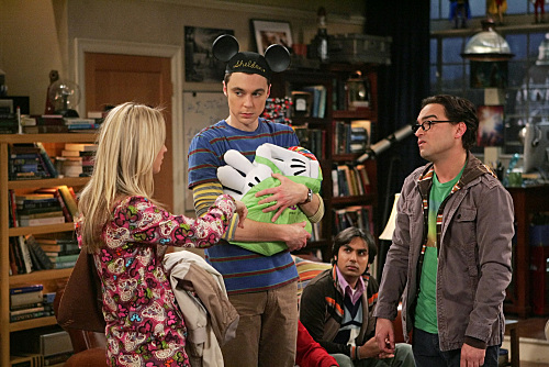Penny Leonard And Sheldon The Big Bang Theory
