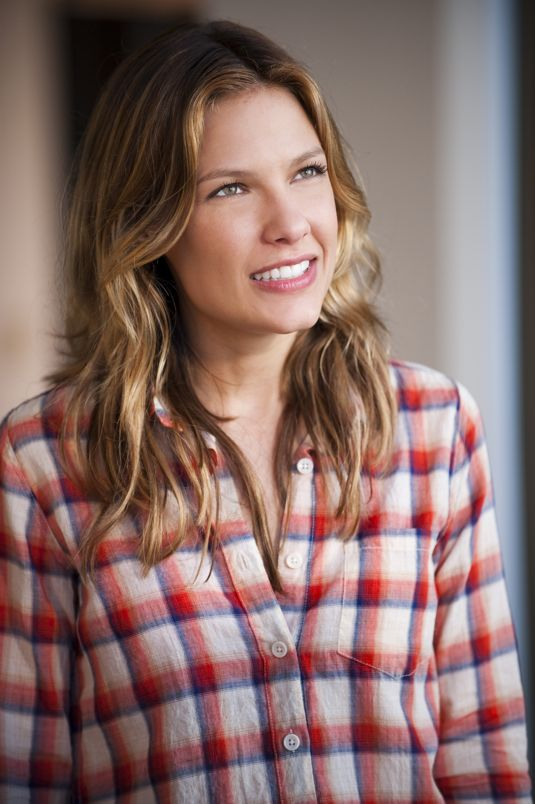 Kiele Sanchez as Callie Cargill in The Glades