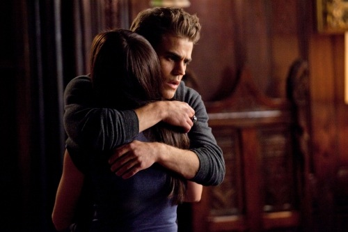 http://seat42f.com/images/stories/tvshows/VampireDiaries/Season2/S0204/Vampire-Diaries-Season-2-Memory-Lane-6.jpg