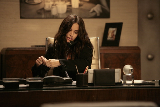 Dirt Season 2 Photo Of Courtney Cox
