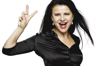 Tracey Ullman Peace Sign Photo