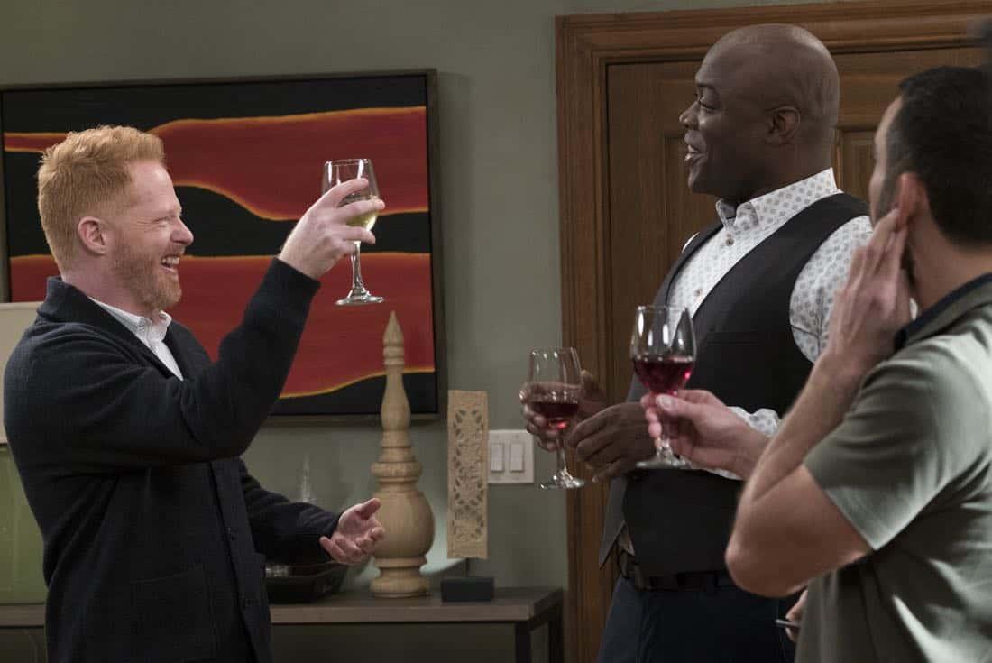 Modern Family Episode 9 Season 14 Spanks for the Memories 09
