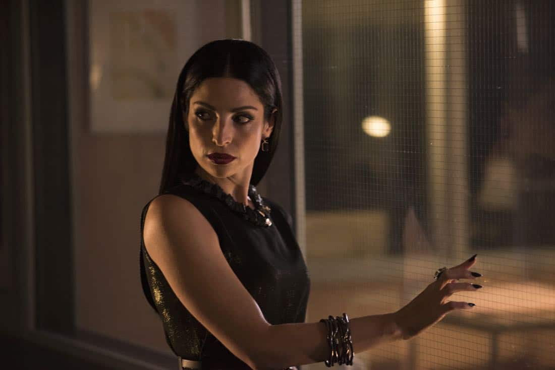 Shadowhunters Episode 1 Season 3 On Infernal Ground 14